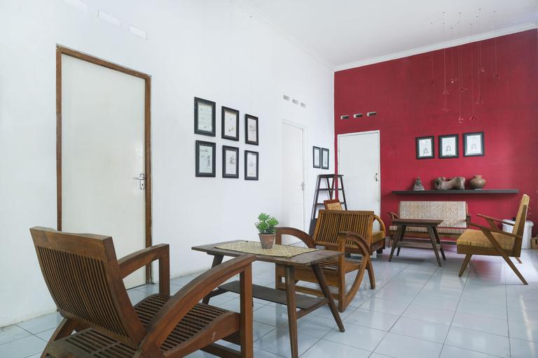 OYO 287 Rumah Eyang, Yogyakarta