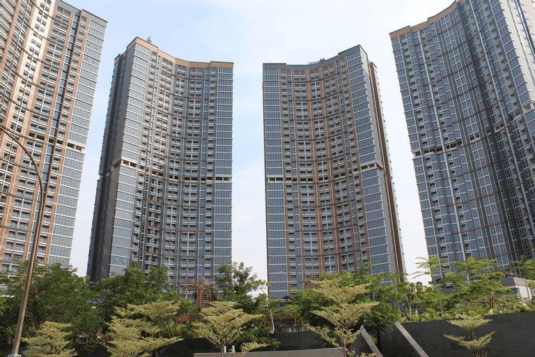 Gold Coast PIK Bahama Sea View Apartments, North Jakarta