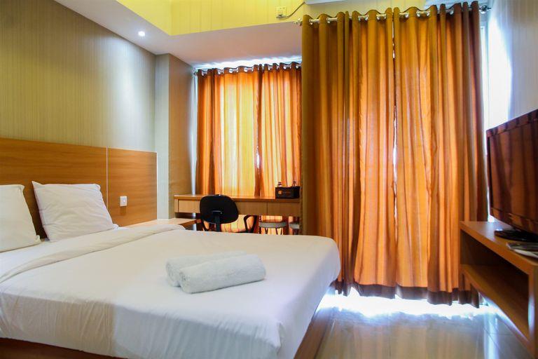 Fabulous Studio Grand Dhika City Apartment By Travelio, Bekasi