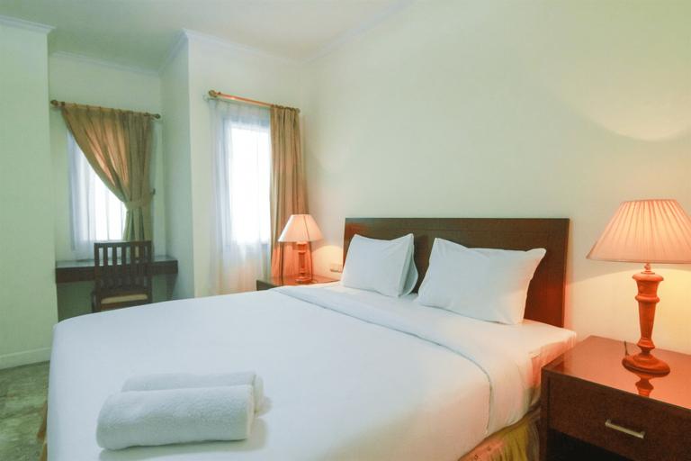 1BR European Style Spacious Kemang Apartment By Travelio, South Jakarta