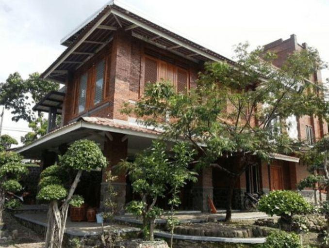 Villa Mediana, Mojokerto