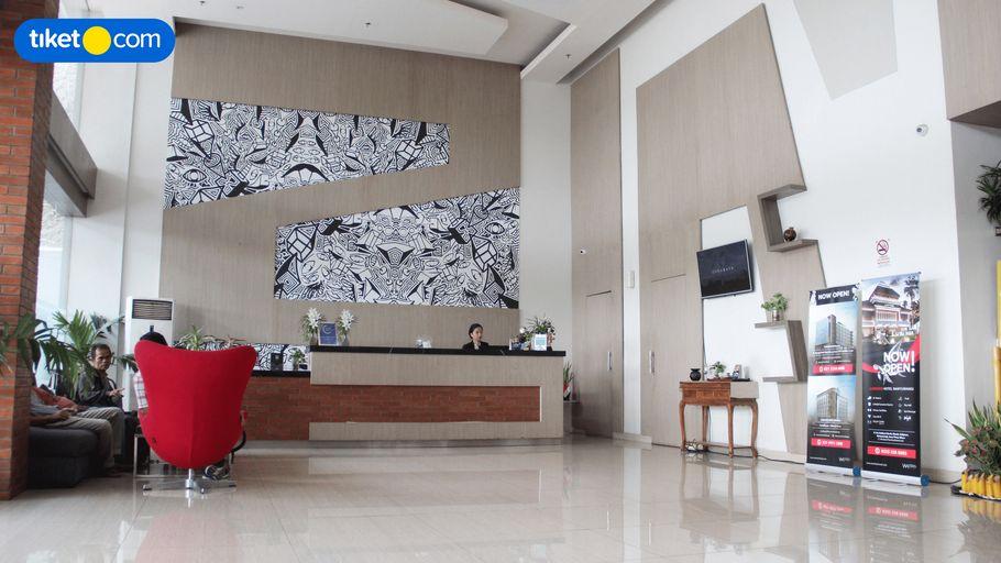 Hotel 88 ITC Fatmawati Panglima Polim, Jakarta Selatan