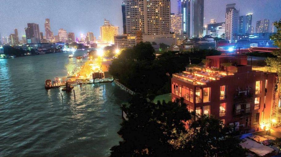 Amdaeng Bangkok Riverside Hotel, Khlong San