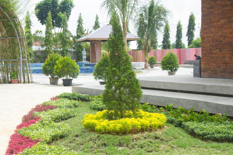 Thongs Inn Hotel Kualanamu, Deli Serdang