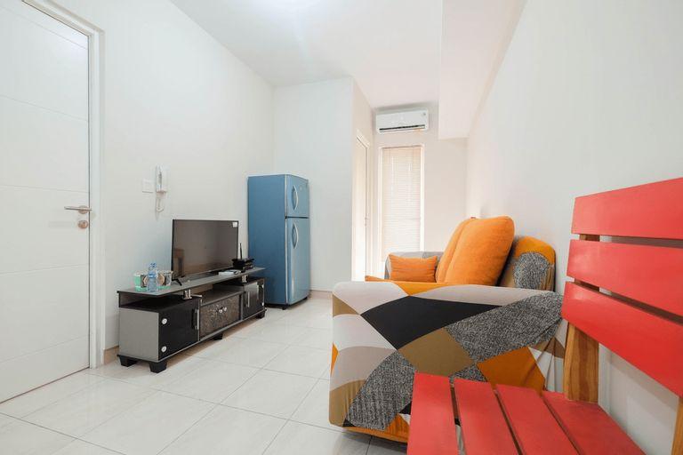 Minimalist 2BR Apartment The Springlake Summarecon By Travelio, Bekasi