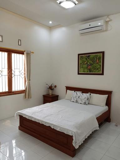Nusawiru Guest House 3 Bedrooms Pangandaran, Pangandaran