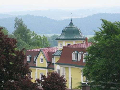 Kurhaus Dr. Petershofer, Vöcklabruck