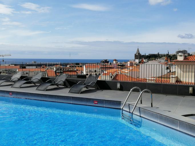 Hotel do Carmo, Funchal