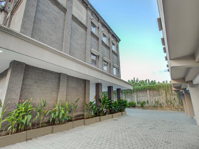 OYO 3306 Ganandra, Denpasar