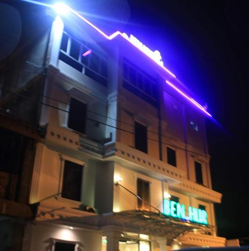 Benhur Hotel, Padang
