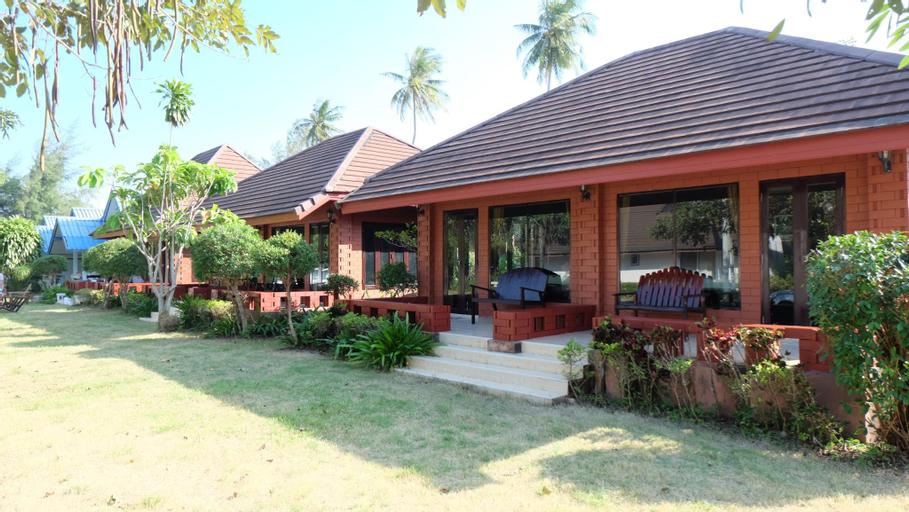 Suan Luang Beach Resort, Bang Saphan