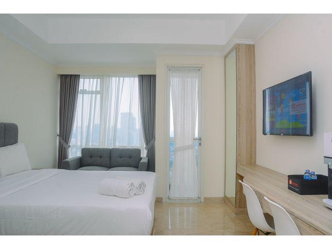 Elegant and Stylish Studio Menteng Park Apartment By Travelio, Central Jakarta
