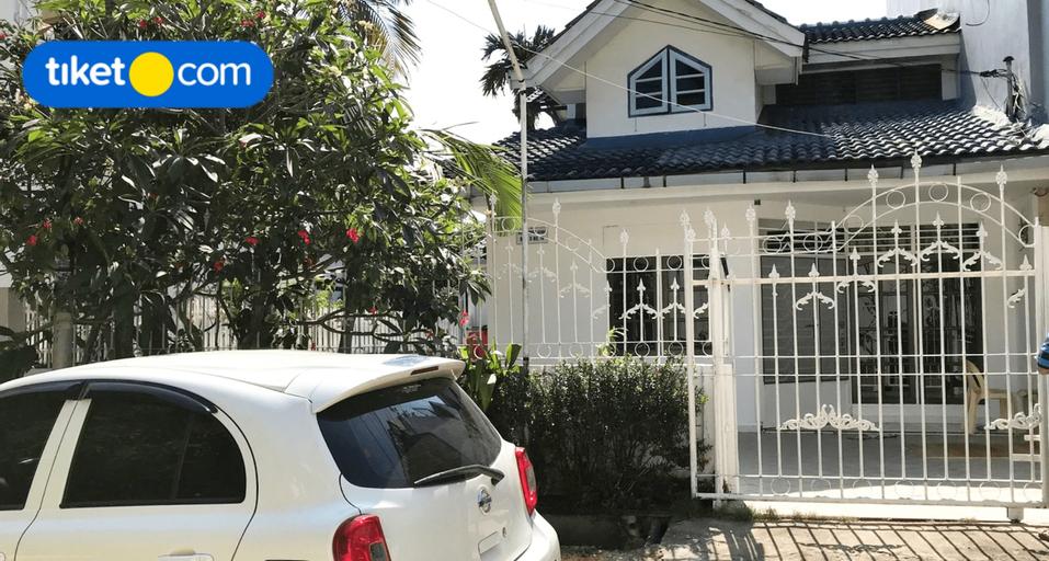 Lena House Nagoya (10 Paxs), Batam