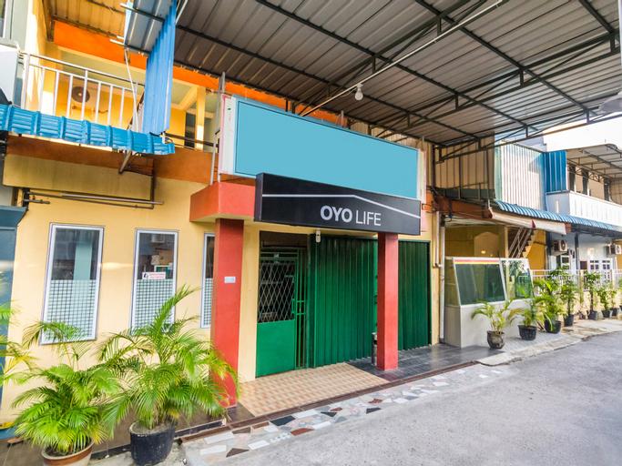 OYO Life 2572 Tachi Stay Guest House Syariah, Batam