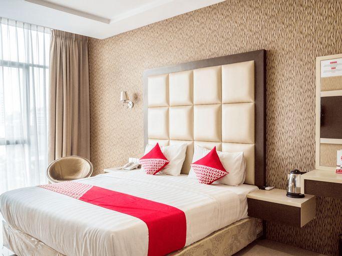 OYO 676 Nasa Hotel, Batam