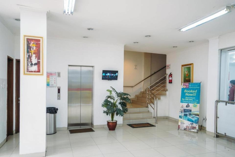 Time Out Hotel, Central Jakarta