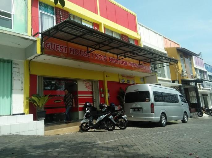 Pringgondani Guest House Semarang, Semarang