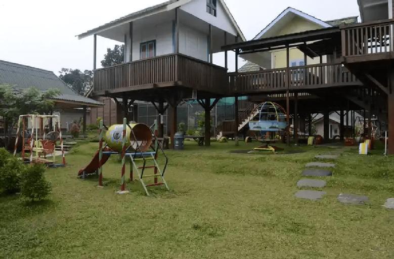 Wisata Edukasi and Resort Kebun Pak Budi, Pasuruan