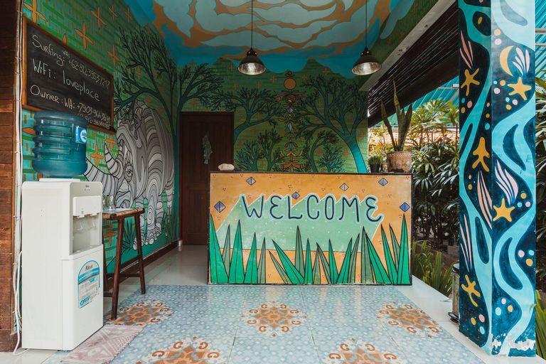 Big Brother Surf Inn, Badung