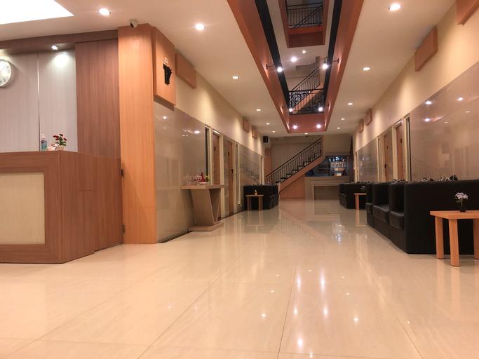 LCR Hotel Ende, Ende