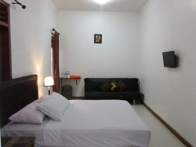 Amalys Guest House, Malang