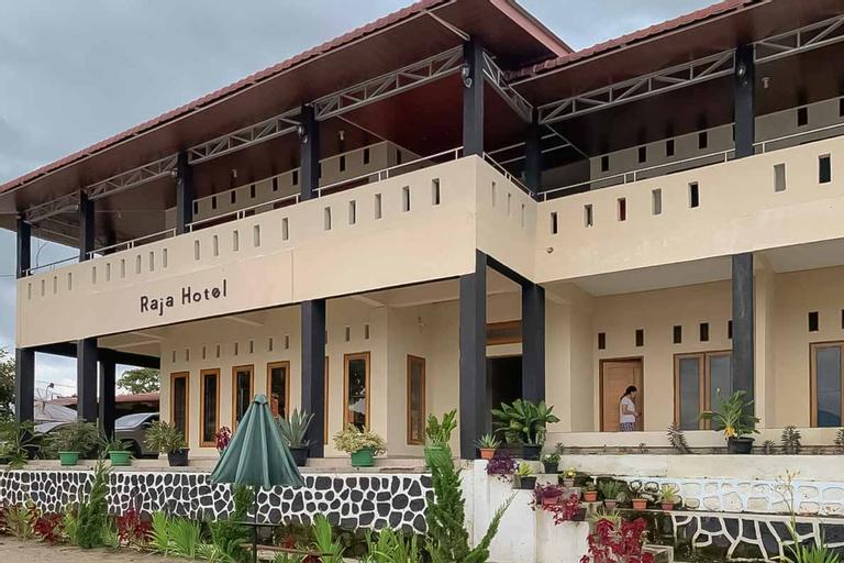 RedDoorz @ Hotel Pasir Putih Parbaba, Samosir