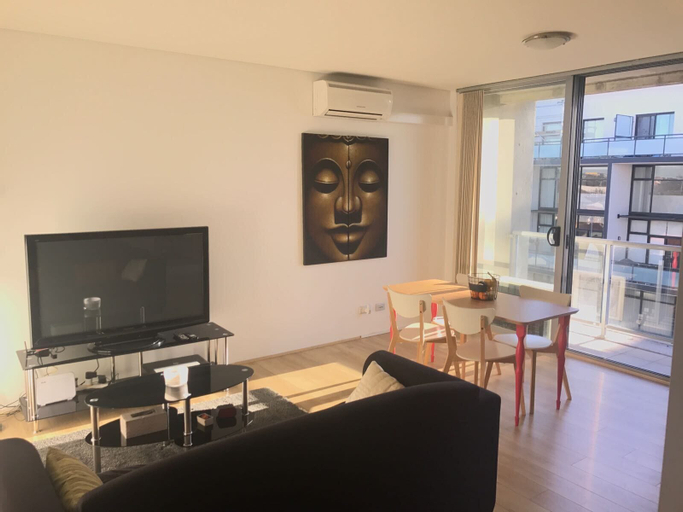 One Bedroom Apartment in Marrickville, Marrickville