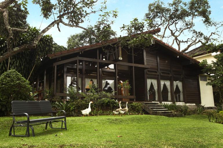 Villa Yaputra Puncak 4BR 10-persons, Bogor