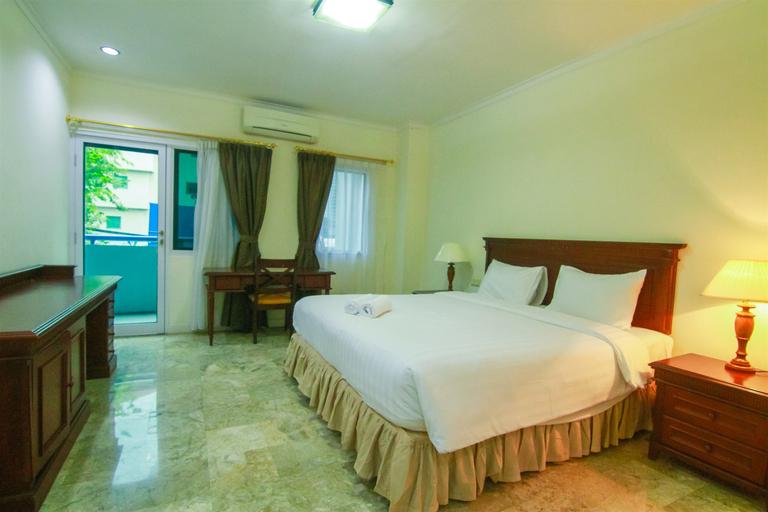 2BR Exclusive Kemang Apartment By Travelio, Jakarta Selatan