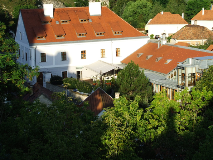 Gizella Hotel and Restaurant, Veszprém