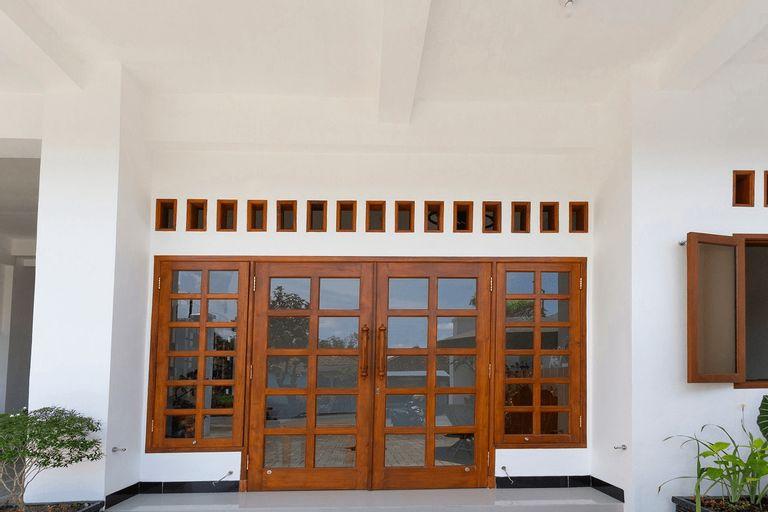 OYO 3309 Forrest'inn, Kediri