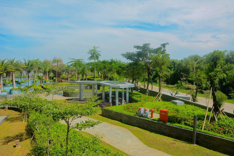 Spacious 3BR Gold Coast Apartment near Shopping PIK Avenue By Travelio, Jakarta Utara