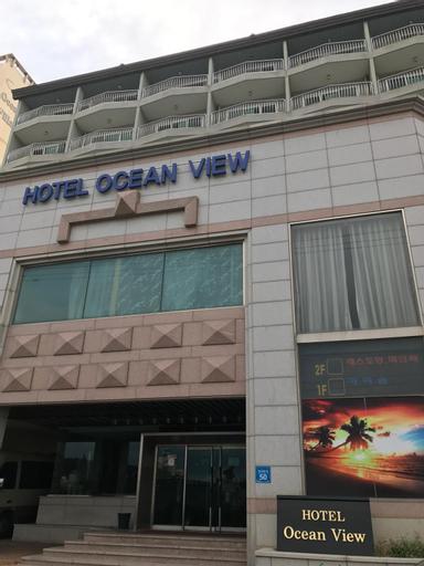 Ocean View Hotel, Dong