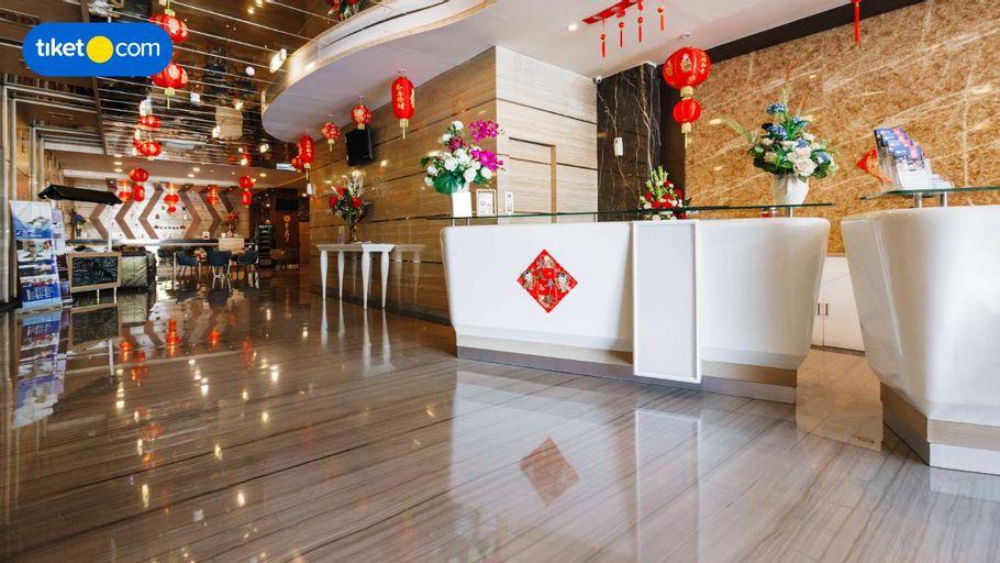 W Three Premier Hotel Makassar ( Formerly Lariz W Three Hotel ), Makassar