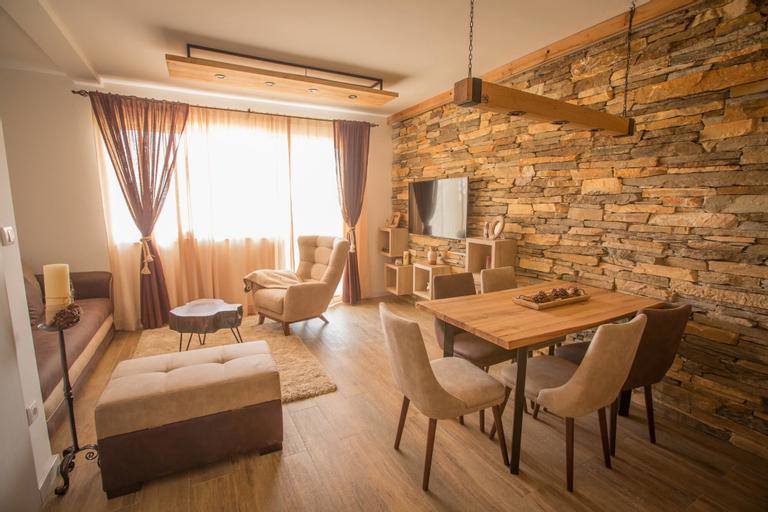 Family Apartments, Raška