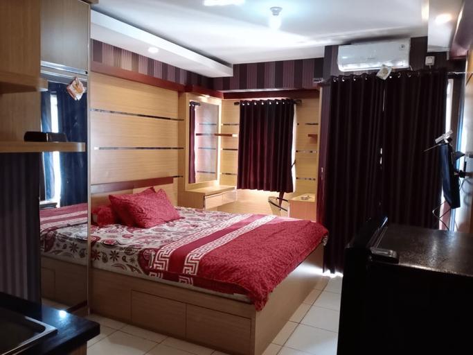 Bogor Valley by Lina Room, Bogor
