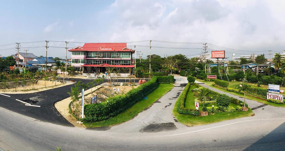 Klong Sa Resort, Sam Khok