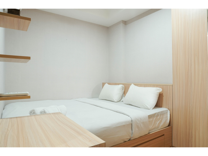 Contemporary Style & Family 2BR Apartment Belmont Residence Puri By Travelio, Jakarta Barat