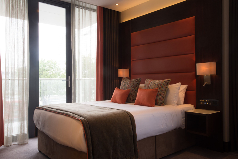 St George's Hotel - Wembley, London