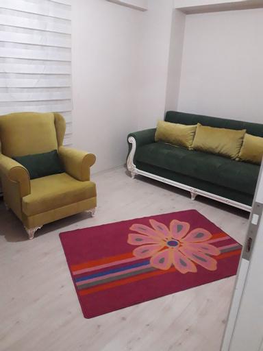 Idol Residence, Merkez