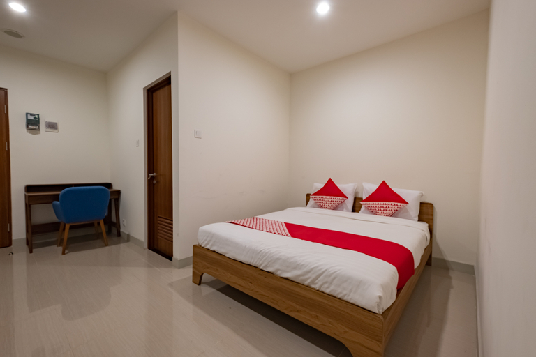OYO 3390 Apartment Grand Kamala Lagoon Avenue, Bekasi