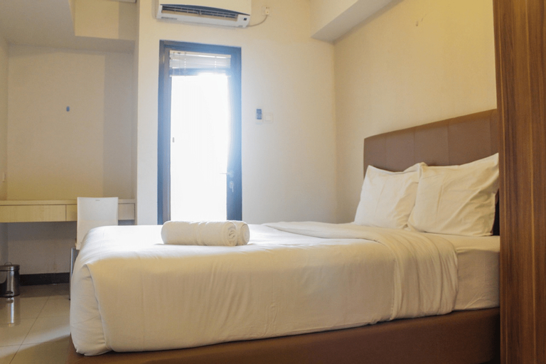 Homey and Simply Furnished Studio Apartment at 19 Avenue By Travelio, Tangerang