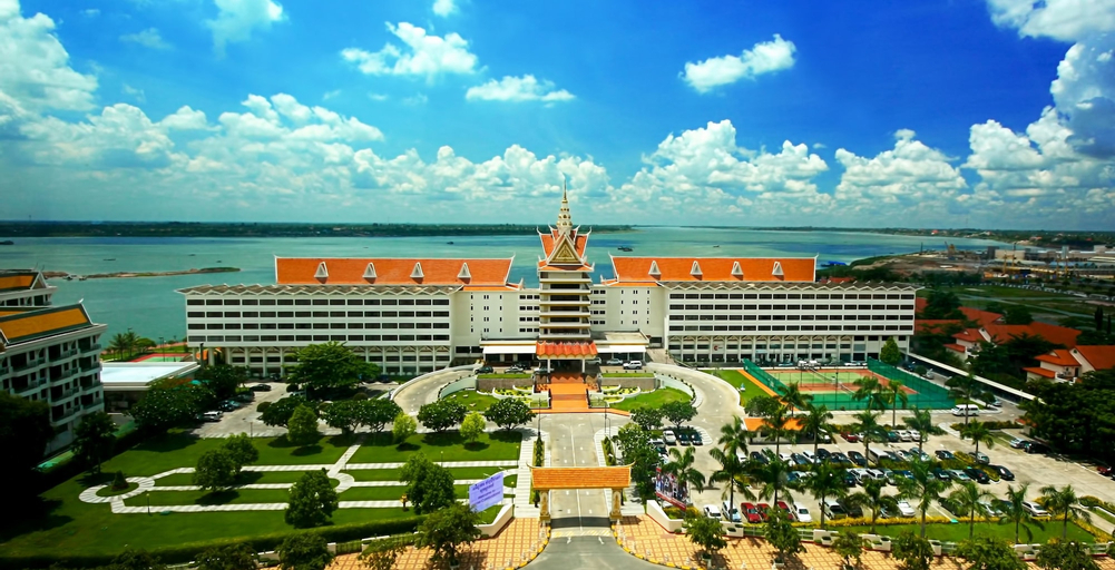 Hotel Cambodiana, Ruessei Kaev