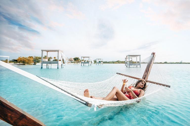 Mahogany Bay Resort & Beach Club, Curio Collection by Hilton,
