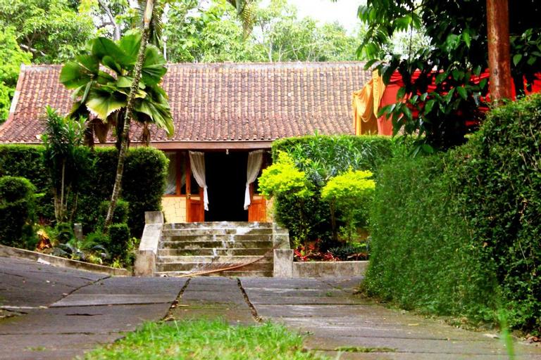 Joglo Mbah Guru, Semarang