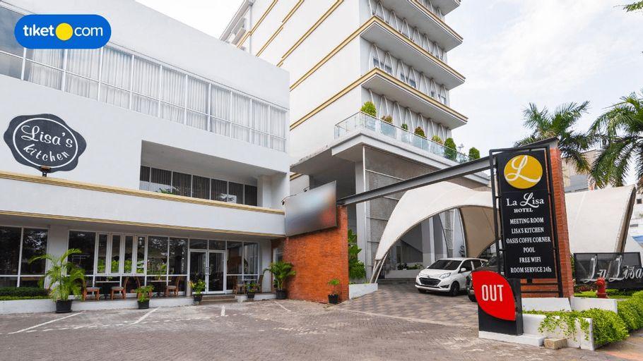 La Lisa Hotel Surabaya, Surabaya
