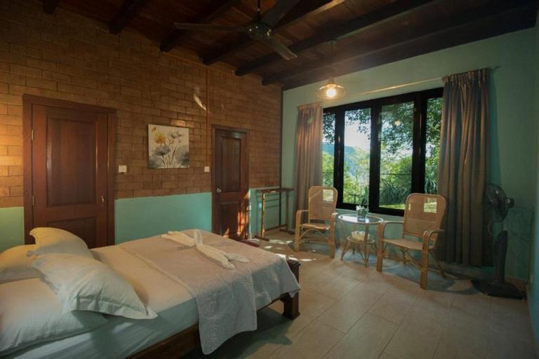 JJ Villa @ De Serenity Pantai Hills Eco Nature Resort, Seremban