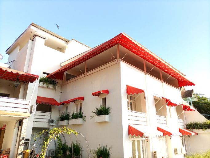 Jaden Hotel & Resort, Mojokerto