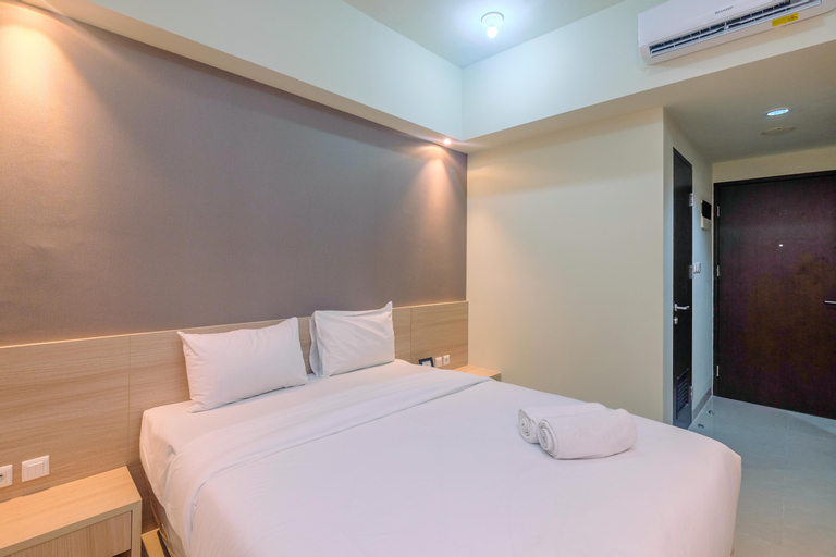 New Furnished with Cozy Stay @ Studio Mustika Golf Residence Apartment By Travelio, Cikarang