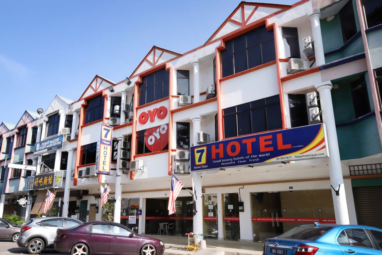 OYO 635 Seven Days Hotel, Raub